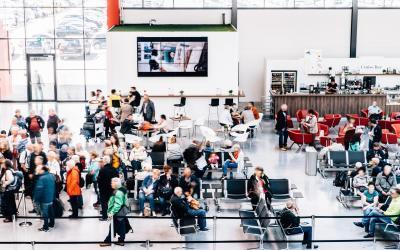 Kreuzfahrtterminal im Fußballfieber: Cruise Gate Hamburg überträgt WM-Spiele in Steinwerder