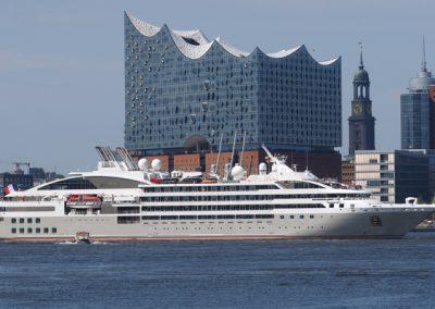 HamburgCruiseNet-Erstanlauf-Ponant