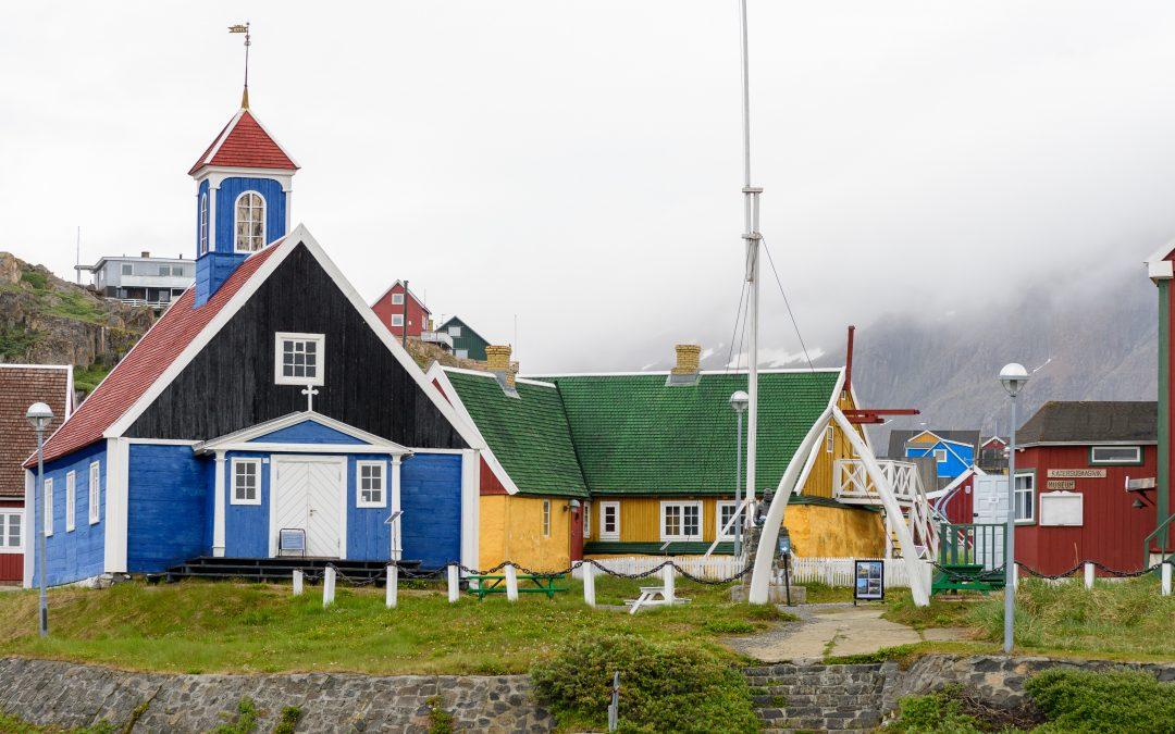 Grönland erleben mit der HANSEATIC nature: Expeditionen jenseits des Nordpolarkreises