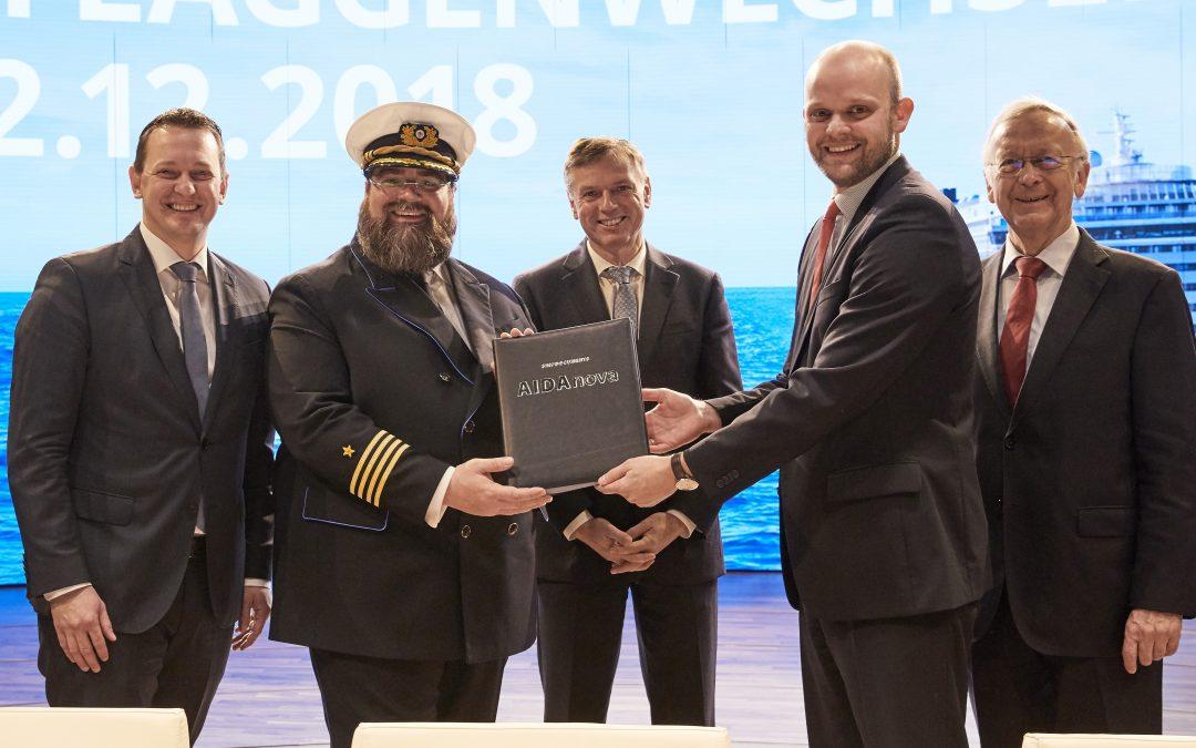 Die Zukunft nimmt Fahrt auf: AIDA Cruises übernimmt mit AIDAnova innovatives und weltweit erstes LNG-Kreuzfahrtschiff