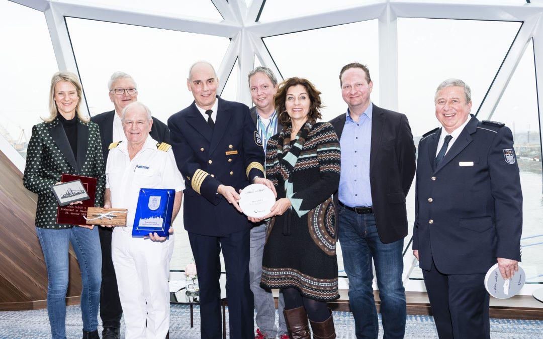 Erstmals in Hamburg: Neue Mein Schiff 2 läuft Hansestadt an