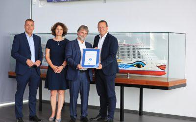 AIDAnova erhält als erstes Kreuzfahrtschiff den Blauen Engel für umweltfreundliches Schiffsdesign
