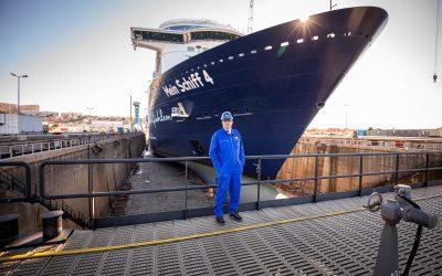 Die Mein Schiff 4 ab sofort mit Landstrom-Anschluss: Flottenweite Umrüstung bis 2023