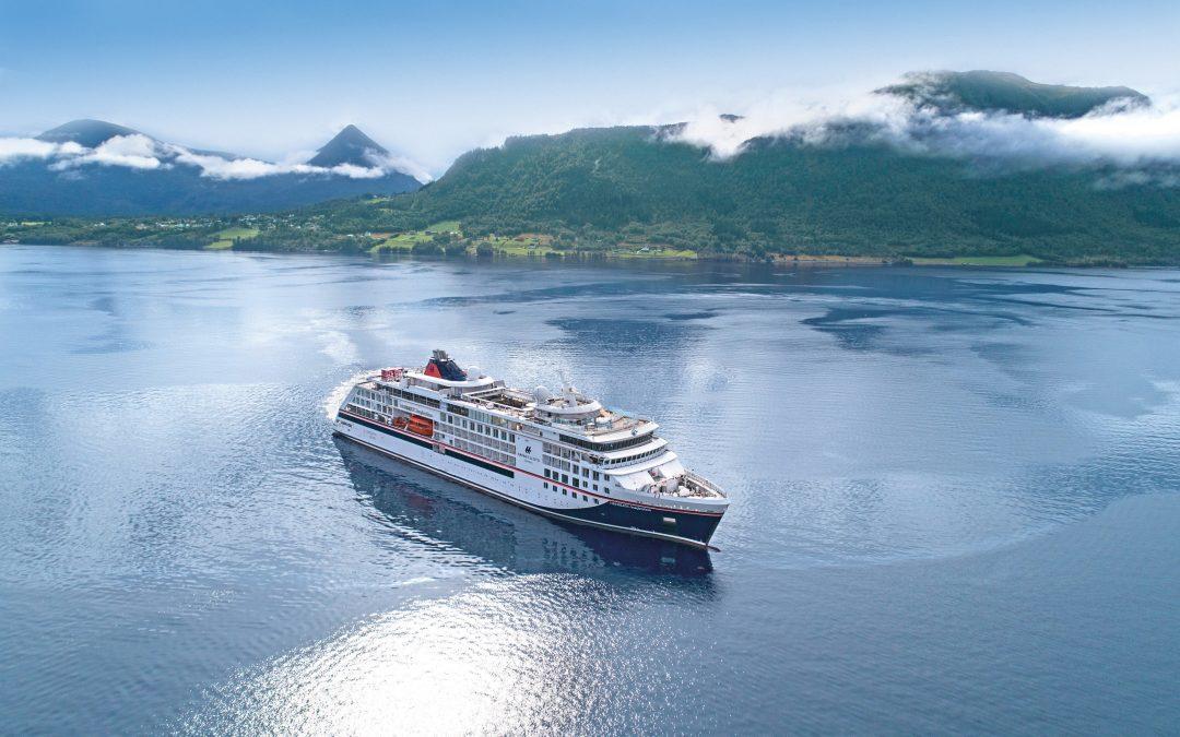 Hapag-Lloyd Cruises kündigt Neustart mit 10-Punkte-Plan und neuen Reisen an
