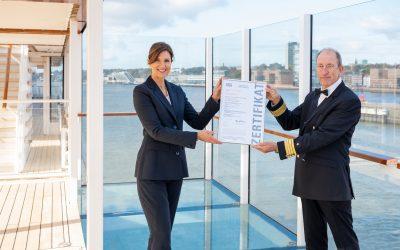 Hapag-Lloyd Cruises: HANSEATIC inspiration erhält als erstes Kreuzfahrtschiff das Hygiene Zertifikat von SGS INSTITUT FRESENIUS